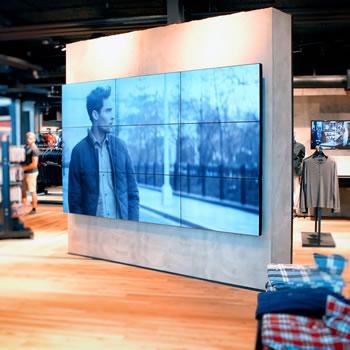 Videowall in showroom